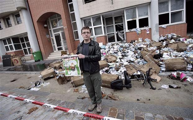 Charlie-Hebdo_2439511b